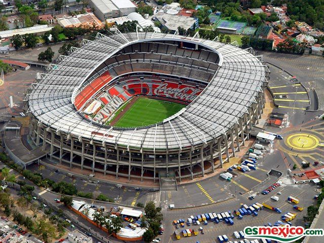 http://a54.idata.over-blog.com/4/13/99/94/estadio-azteca.jpg